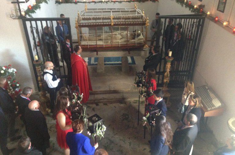 Cofradía del Santísimo Cristo del Sepulcro-santa maria berrocal