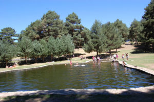 Zonas de ba o y piscinas naturales en gredos norte for Piscinas naturales leon