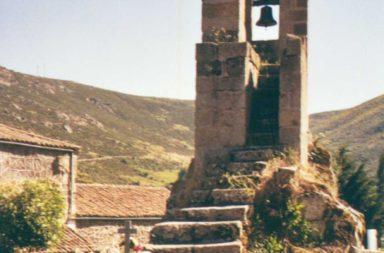 GREDOS GUIDES te invita a recorrer San Martín del Pimpollar en la Ruta entre Piornos del 3 de junio